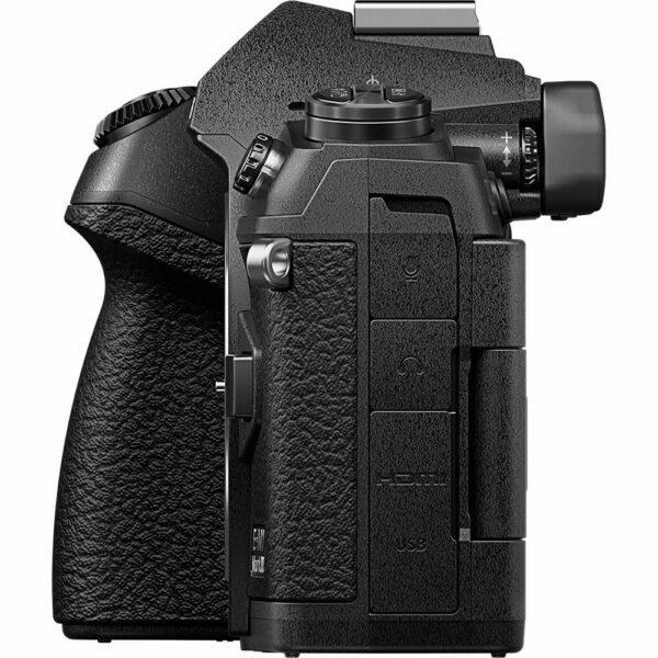Olympus OM-D E-M1 Mark III Mirrorless Digital Camera
